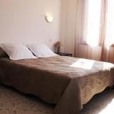 chambre-1-hotel-calenzana.jpg