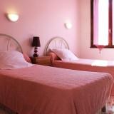 chambre-10-hotel-calenzana.jpg