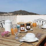 petit-dejeuner-croissant-calenzana
